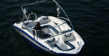Mystique 19 Bowrider Boat for Sale